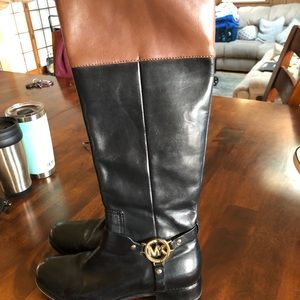 Michael kors 7.5 two tone leather riding boot